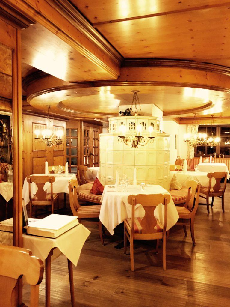 Das gemütliche Restaurant im Weingut Weis in Mertesdorf